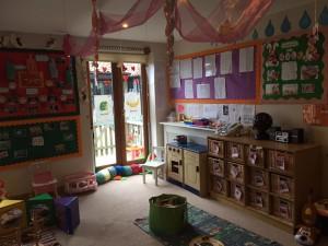 corner of baby room (2)